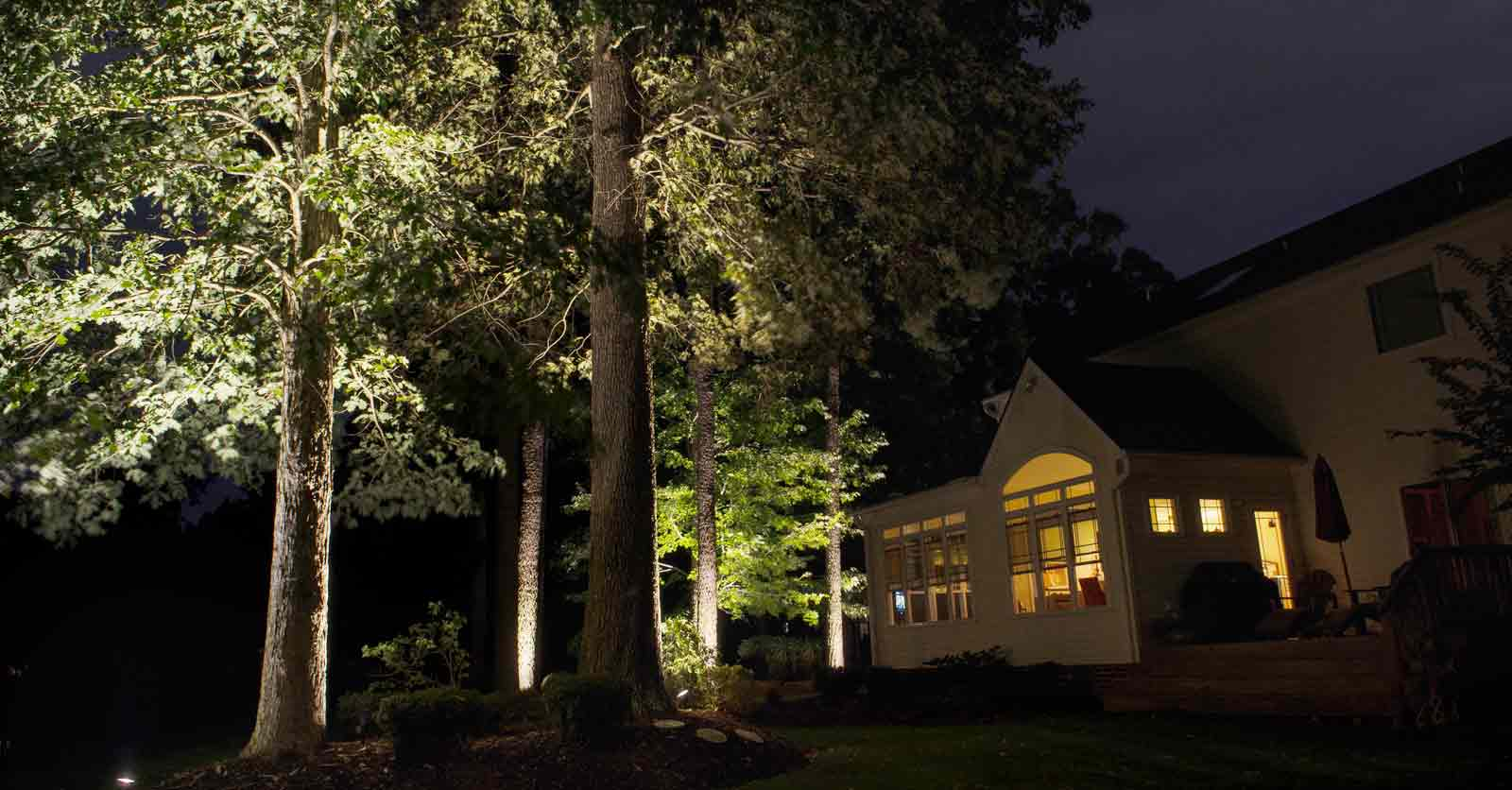 backyard lighting design
