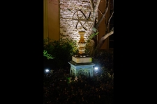 outdoor lighting contractors